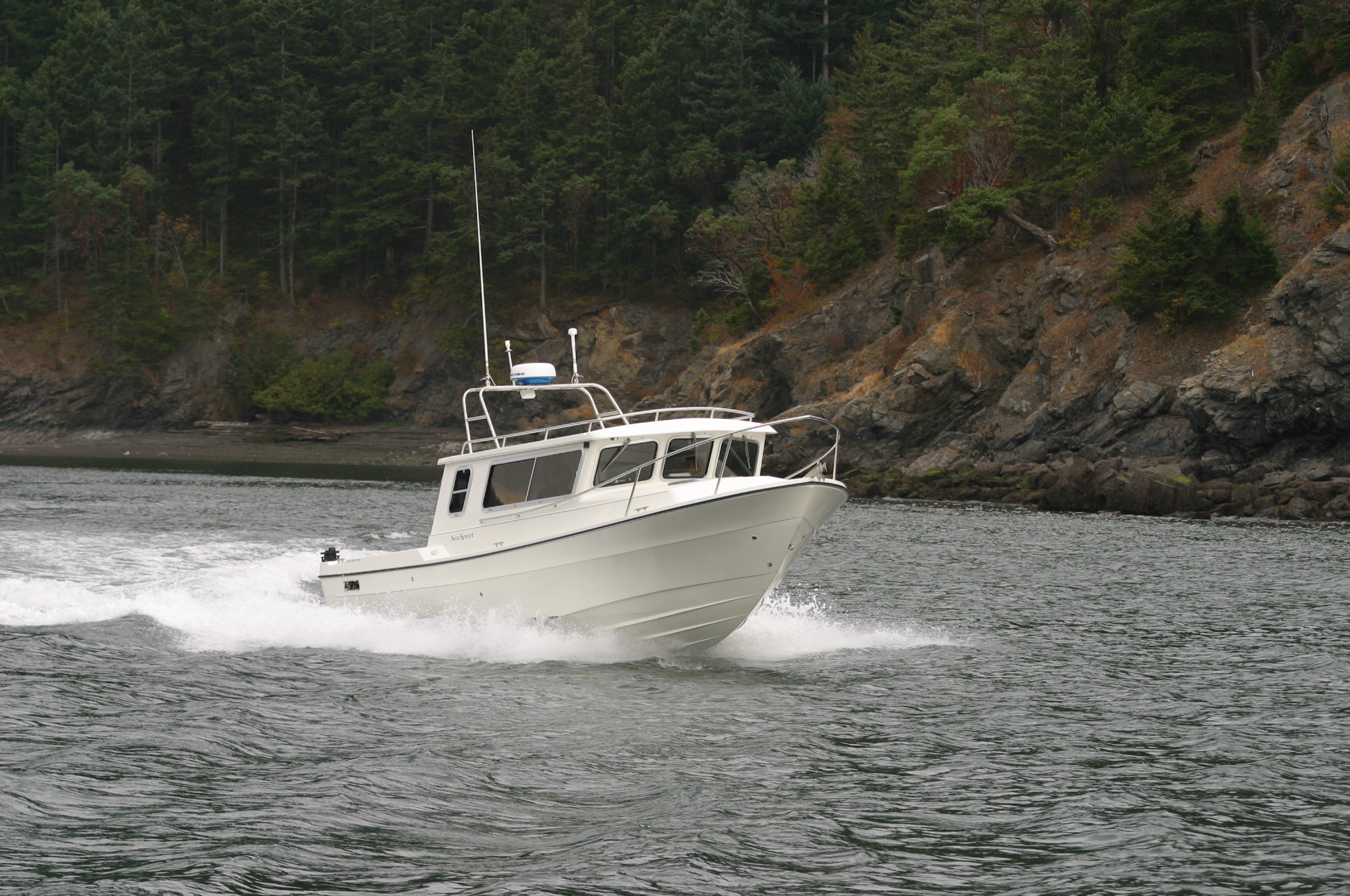 Explorer 2400 | Sea Sport Boats